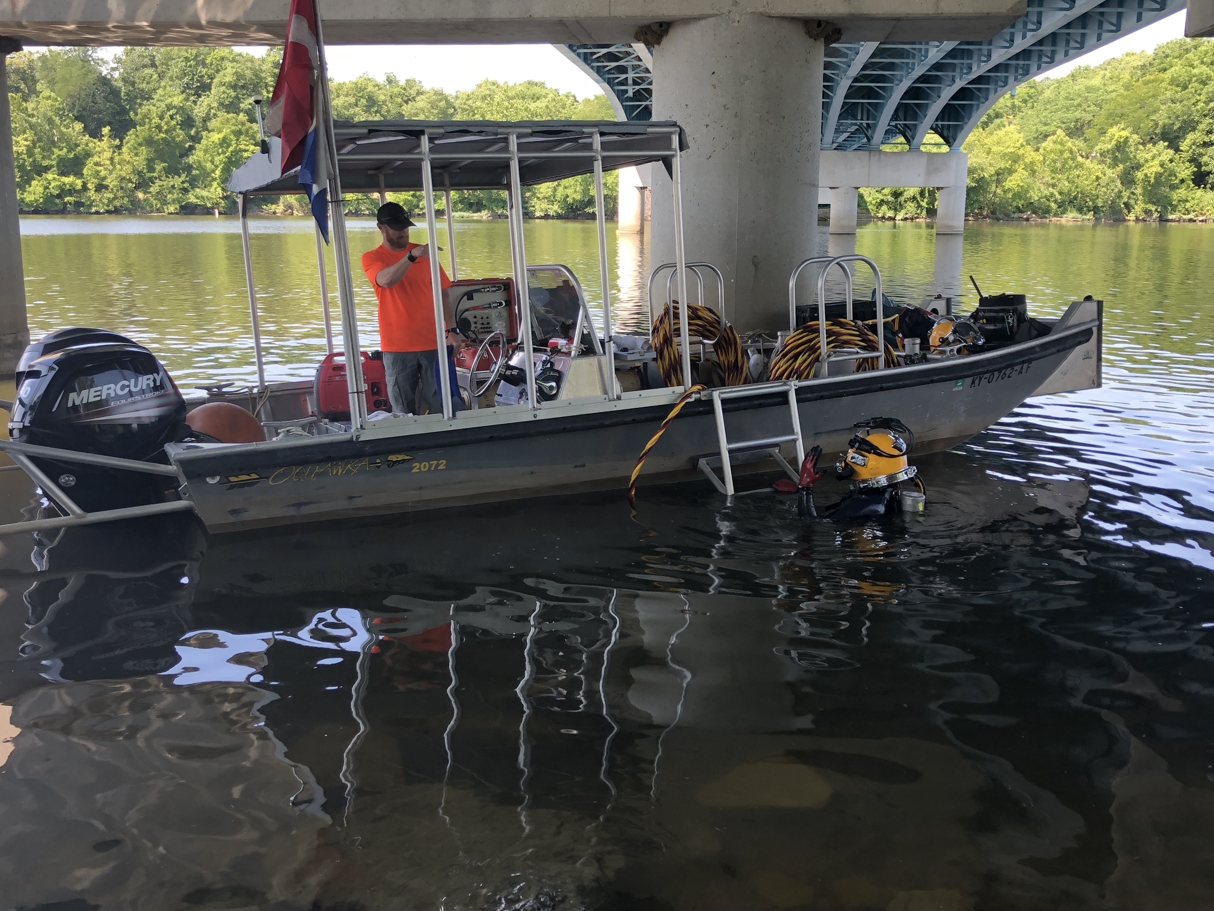 Diver inspects 3 Franklin County bridges – Abbey Marshall